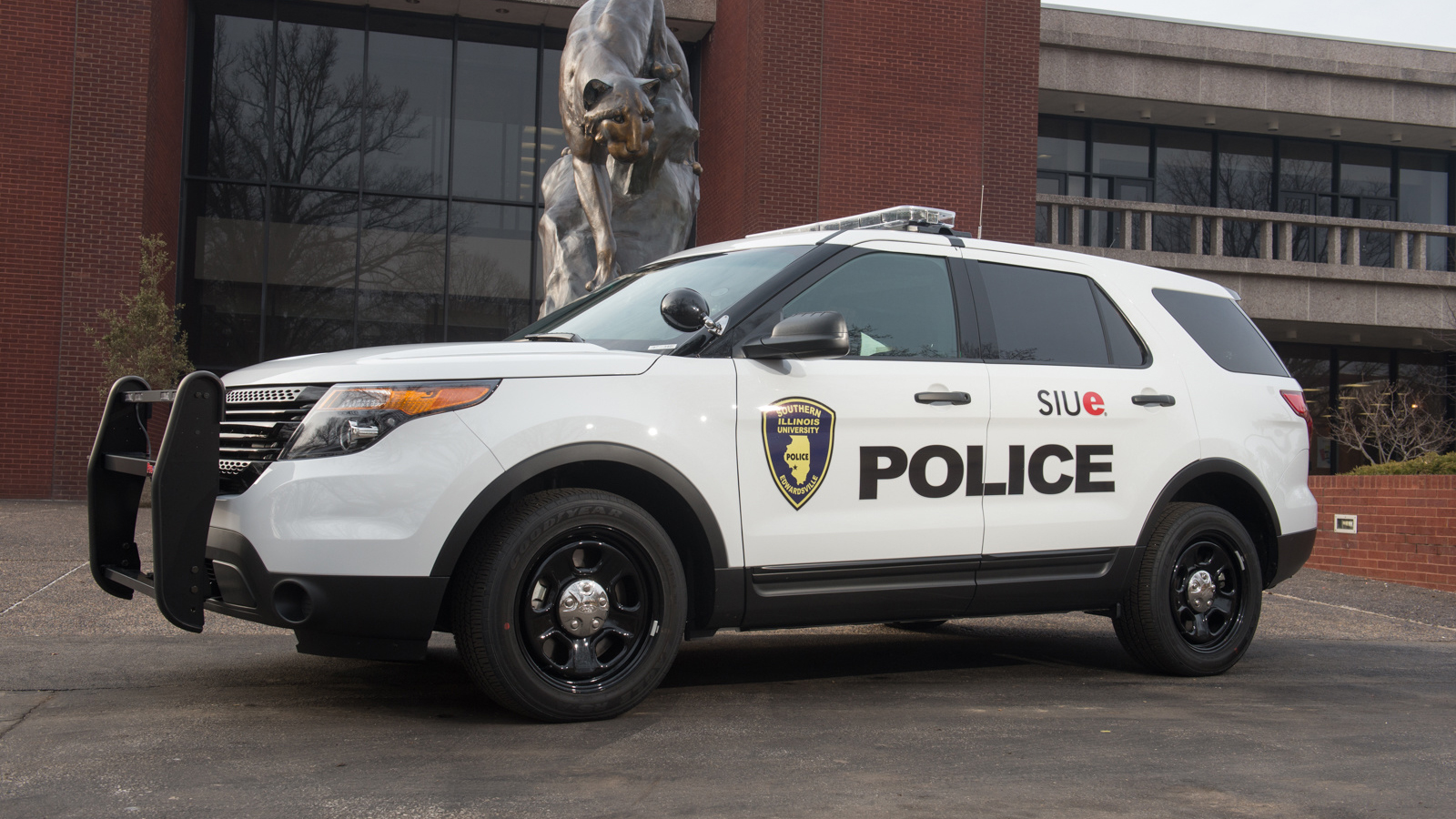 SIUE Police car