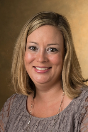 Dr. Mckenzie Ferguson, assistant professor of pharmacy practice in the SIUE School of Pharmacy