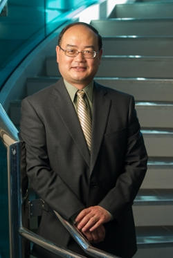 Dr. Jianpeng Zhou, chair of the Department of Civil Engineering in the SIUE School of Engineering.