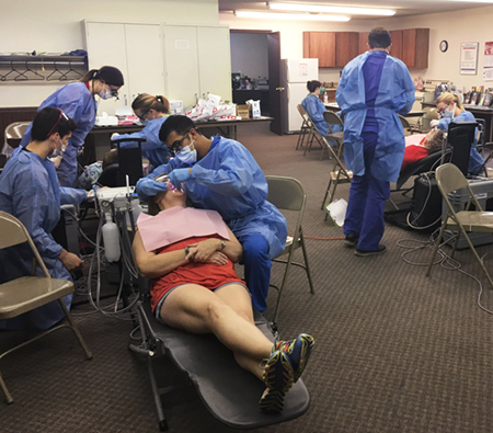 SIU SDM students participated in a community dentistry event in Hardin.